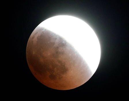 بزرگترین ماه گرفتگی قرن 05
