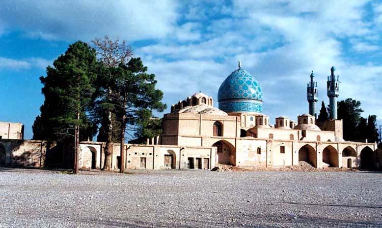 آرامگاه و مدفن شاه نعمت الله ولی