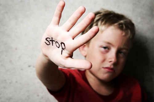 آزار کودکان کودک آزاری