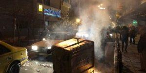 اغتشاشات کرج یک کشته و حمله به حوزه علمیه