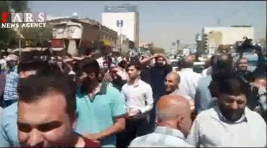 تجمع اعتراضی مردم شیراز 4