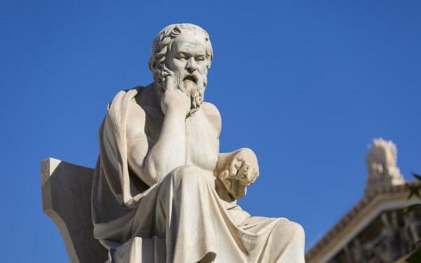 سقراط حکیم