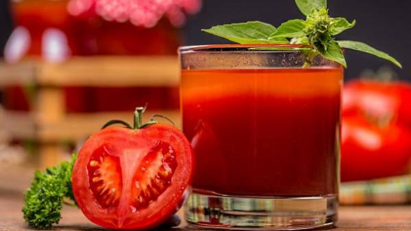نوشیدنی گوجه