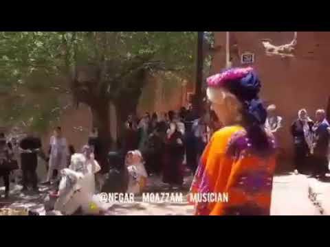 خواننده زن روستای ابیانه