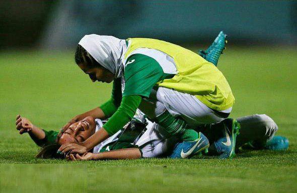 زد و خورد شدید در فوتبال زنان ایران 7