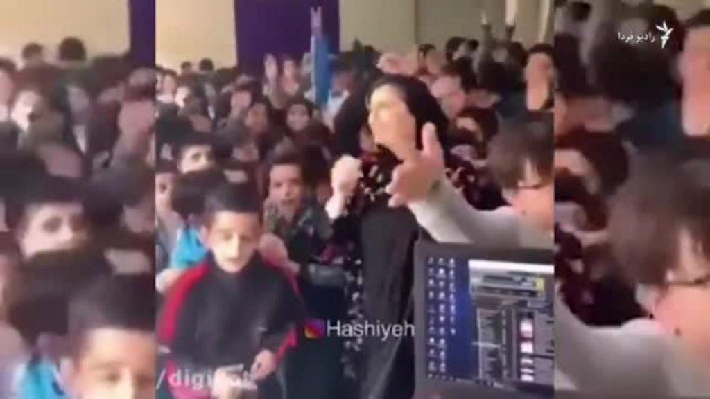 پخش آهنگ ساسی مانکن و رقص و آواز در مدارس کشور