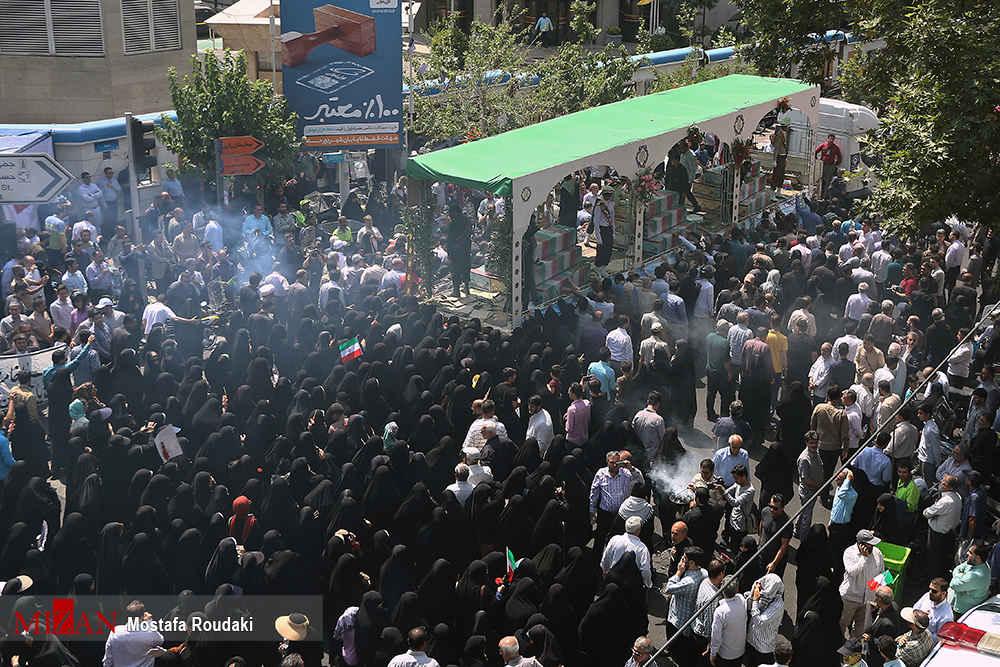 تشییع پیکر ۱۵۰ شهید تازهتفحصشده سالهای دفاع مقدس 07