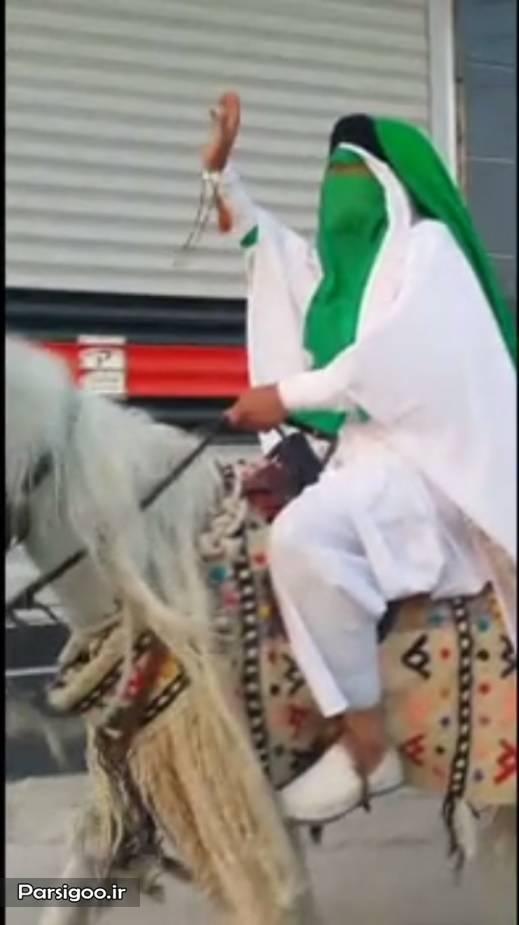 حمید رضا درخشنده در لباس امام زمان سوار بر اسب