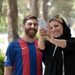 رضا پرستش و دختران ایرانی