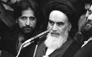 تخریب امام خمینی توسط وهابیون و منافقین