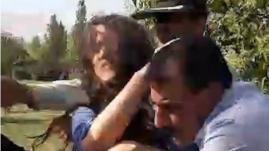 درگیری پلیس با دختر جوان در تهرانپارس