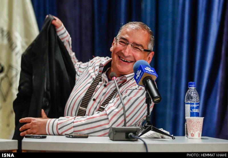 دکتر صادق زیباکلام استاد علوم سیاسی دانشگاه تهران طنز