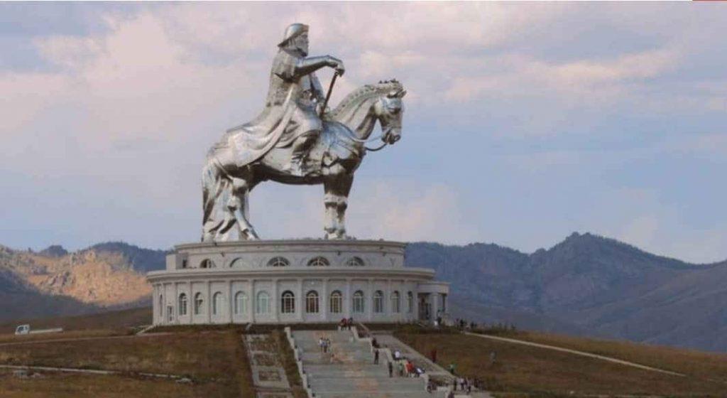 مقبره چنگیز خان