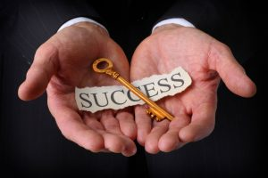 چطور به انسانی موفق تبدیل شویم موفقیت