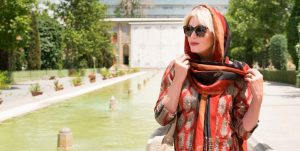 سفر جوانا لاملی به ایران جوانا لاملی بازیگر انگلیسی در ایران