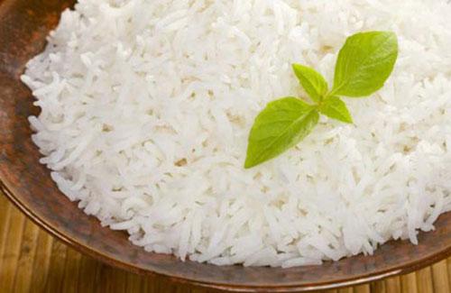 نتیجه برنج پخته شده به روش رستورانی با آبکش و بخار