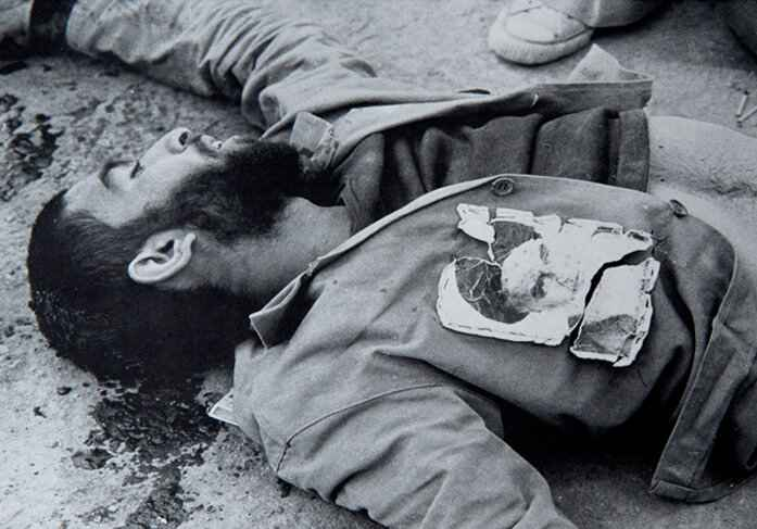چهره غرق در آرامش شهید عکاس سیف الله صمدیان