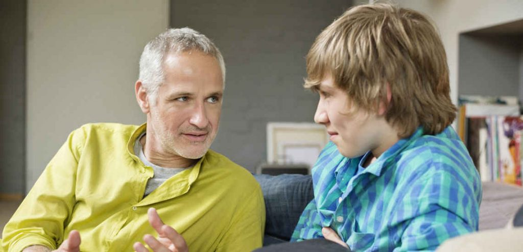 رفتار والدین با نوجوانان رفتار پدر با پسرش رفتار پدر با نوجوان