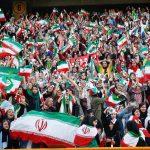 زنان فوتبالدوست در ورزشگاه آزادی
