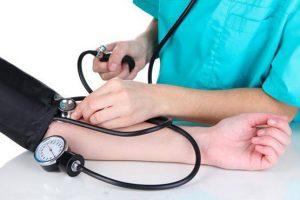 فشار خون. بیماری. سلامت. کاهش سریع فشار خون