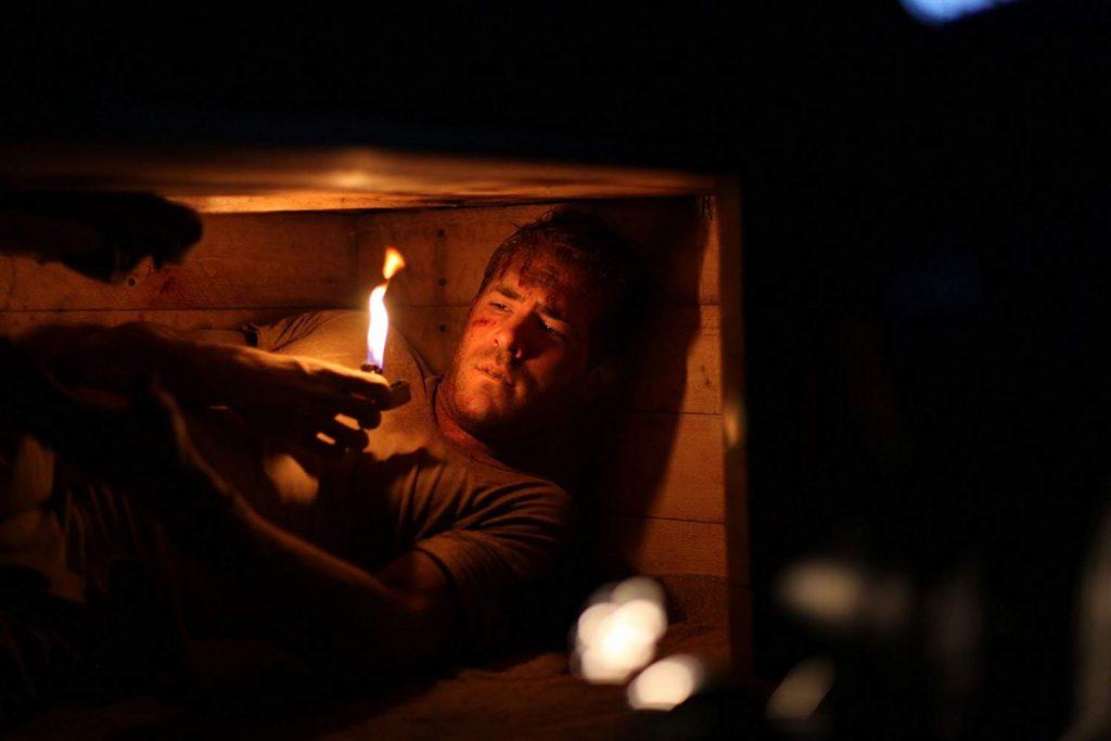 فیلم مدفون 2010 که تنها یک بازیگر دارد
