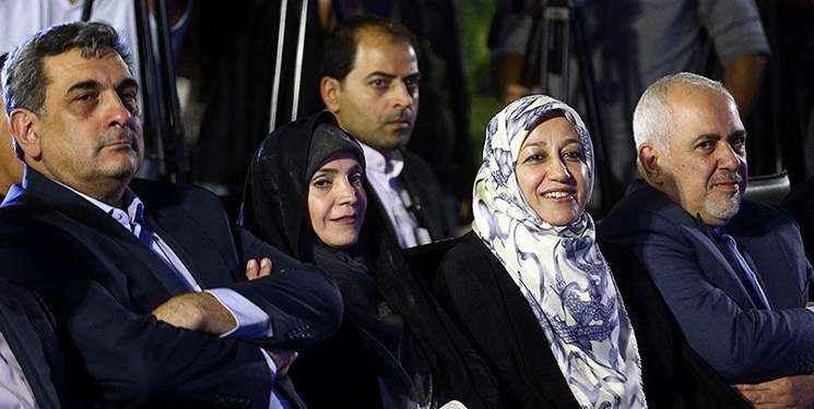 محمد جواد ظریف، همسر محمد جواد ظریف و حناچی شهردار تهران در یک قاب