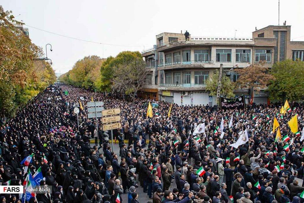 تجمع مردم تبریز علیه آشوبگران. حمایت از انقلاب و آرامش در شهرها