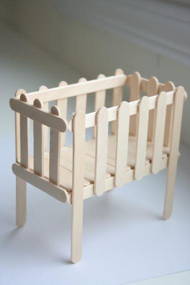 ساخت كاردستي تخت خواب نوزاد با استفاده از چوب بستني