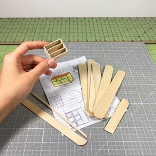 ساخت كاردستي كمد با استفاده از چوب بستني تصویر اول