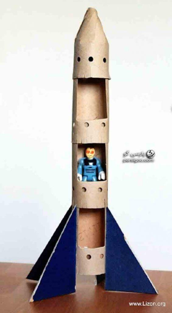 ساخت موشك فضانورد با استفاده از رول دستمال توالت