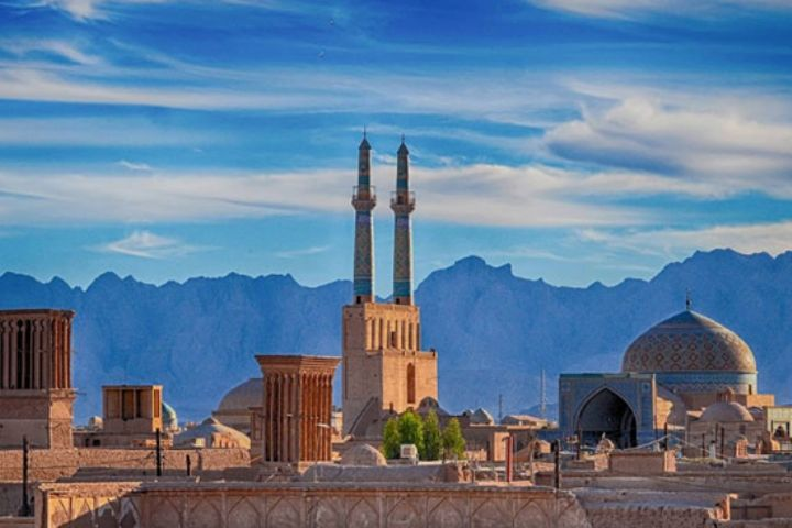 یزد شهر قنات و قنوت و قناعت
