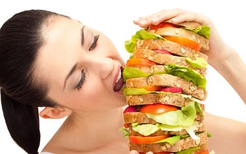 پرخوری و خوردن فست فوت عمر را کوتاه می کند و برای سلامتی مضر است