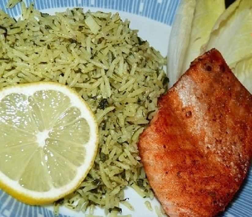 سبزی پلو با ماهی تازه و لیمو