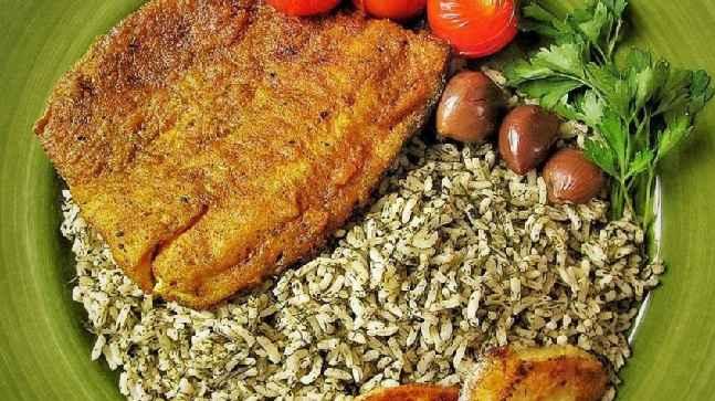 پخت آسان سبزی پلو با ماهی ویژه شب عید