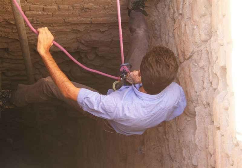 کاوش در چاه عمیق دوره ساسانیان استان لرستان