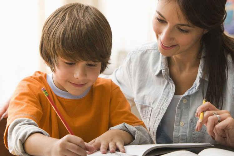 آموزش در منزل آموزش در مدرسه و فهم آموزش در منزل آموزش در خانه