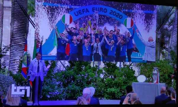 شادی تیم ملی ایتالیا قهرمان یورو 2020