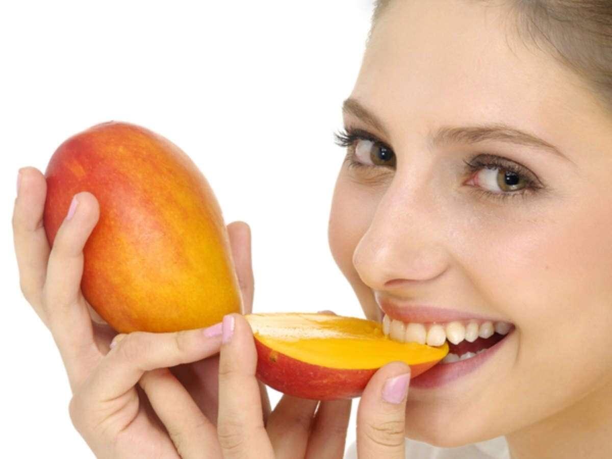 انبه یا پاپایا خاصیت انبه خواص انبه ناشتا انبه بخوریم خوردن انبه با شکم خالی قند انبه